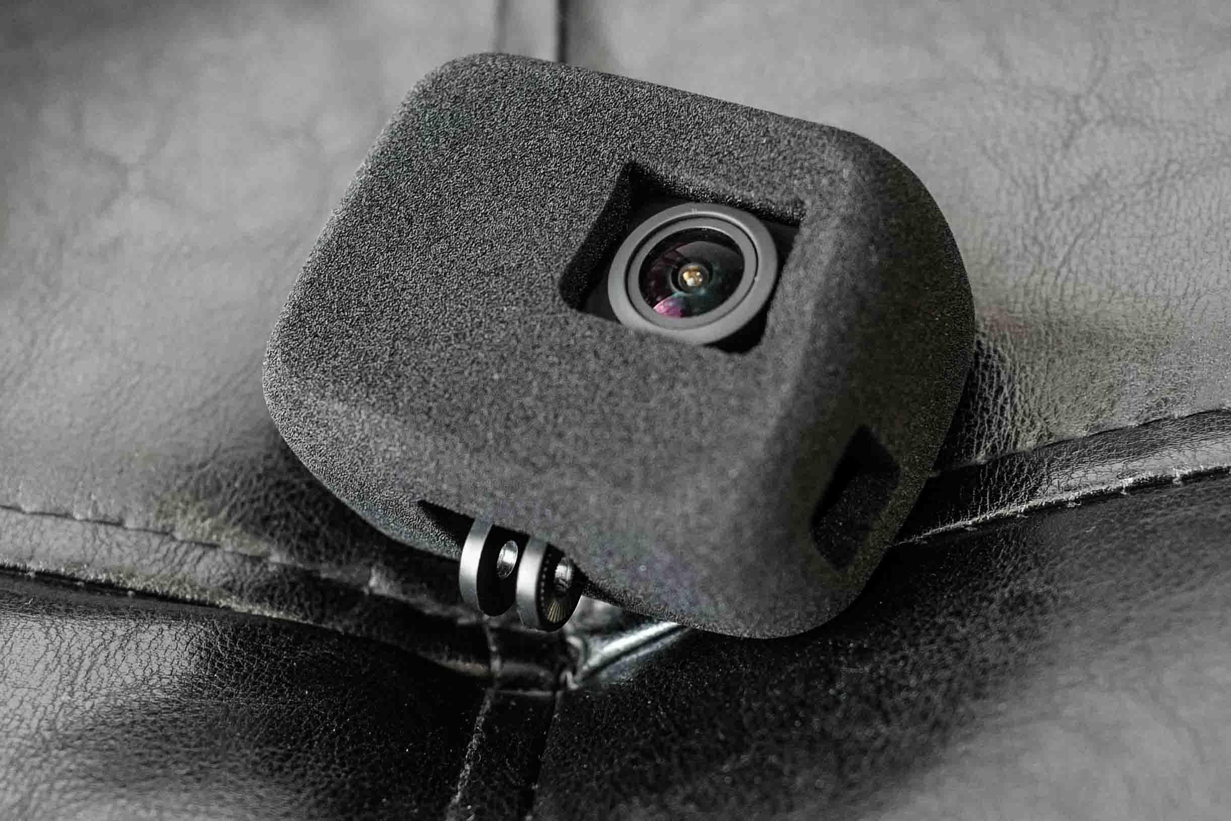 【中華アクションカメラに装着可能!】GoPro HERO5/6/7用  防風スポンジケース 充電可能タイプをAKASO V50 Pro SEに装着!