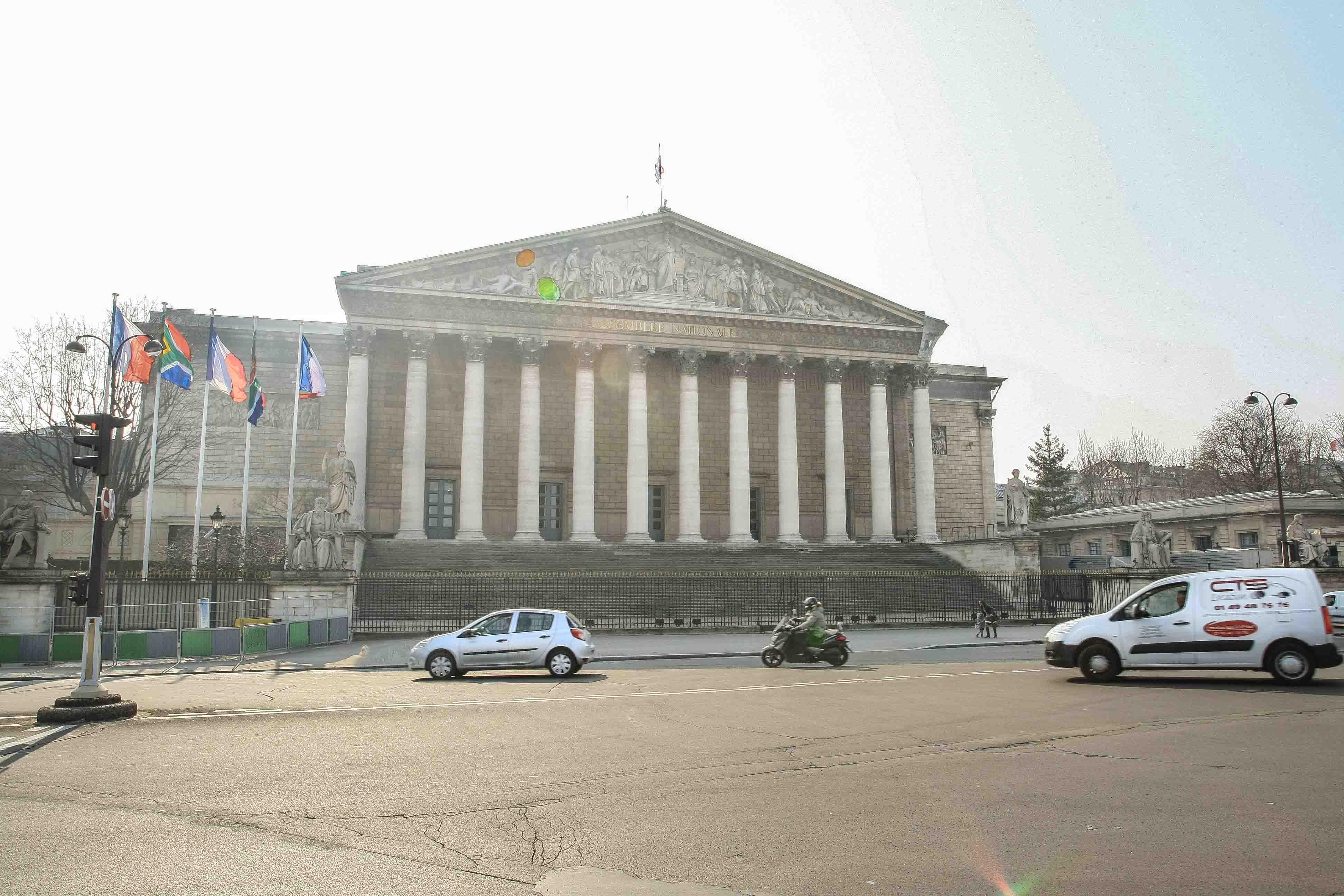 【フランス旅行】パリ ブルボン宮殿ってどこ